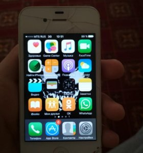 Айфон 4 норм работает