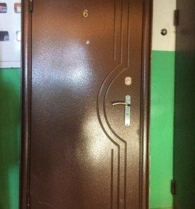 Дверь новая .