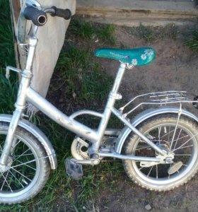 Продаётся велосипед в рабочем состоянии.