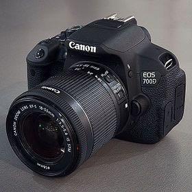 Фотокамера Canon 700D