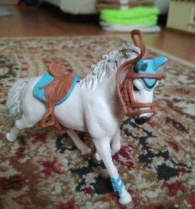 Лошадь шляйх игрушка.