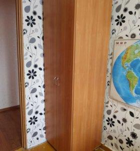 Шкаф для одежды в отличном состоянии