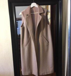 Жилет пальто