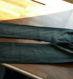 Мужские бредовые джинсы 34р