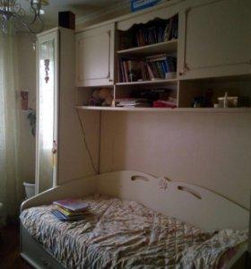 Детский гарнитур кровать шкаф мебель