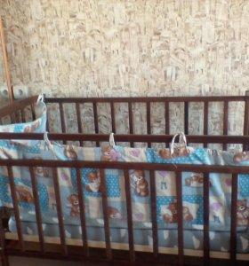 Продам детскую кроватку в хорошем состоянии