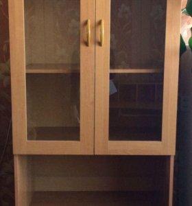 Шкаф , цвет орех в хорошем состоянии
