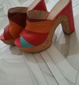 Летняя обувь шикарные сабо кожа размер 39 новые
