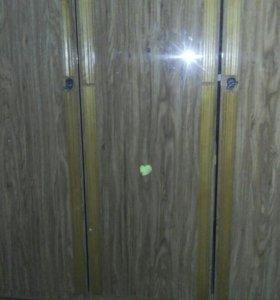 Бельевой 3х створчатый шкаф