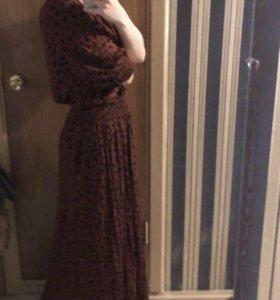 Платье, очень женственное красивое. Новое