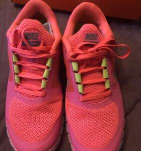 Кроссовки Nike Free Run 3