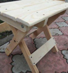 Деревянный складной стульчик