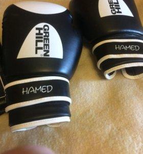 Боксерские перчатки 14