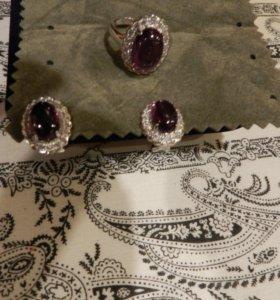 Комплект.Серьги и кольцо (серебро 925 проба)