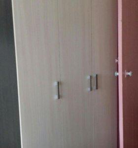Шкаф 3х-створчатый