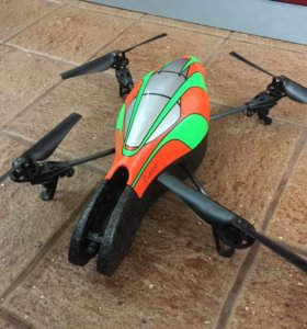 Большой квадрокоптер Parrot AR.drone