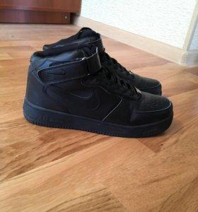 Кроссовки Nike Air Force 1(с мехом)