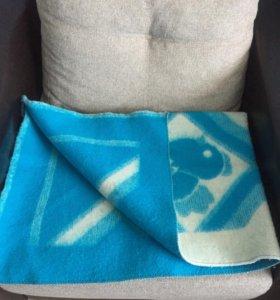 Шерстяное одеяло в детскую кроватку