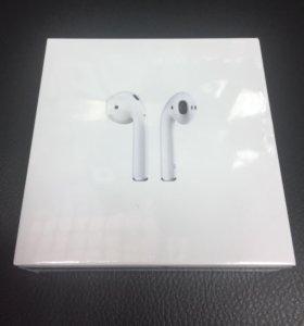 Оригинальная беспроводная гарнитура Apple AirPods