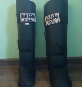 Защитные накладки на ноги