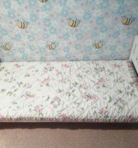 Кровать детская, две штуки