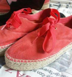 Слипоны Карло Позолини 37 размер( обувь женская )