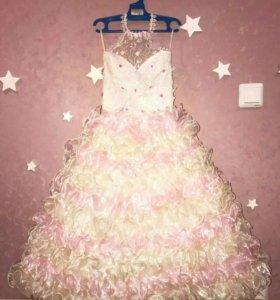 Платье для девочки нарядное от 5 до 10 лет