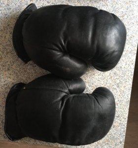 Боксёрские перчатки (кожанные)