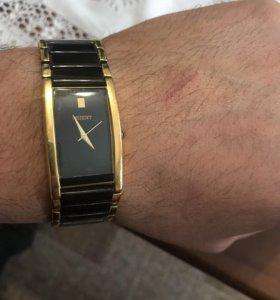 Часы украшение