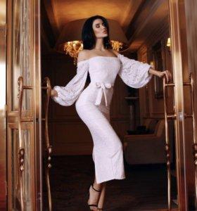 Новое роскошное кружевное платье