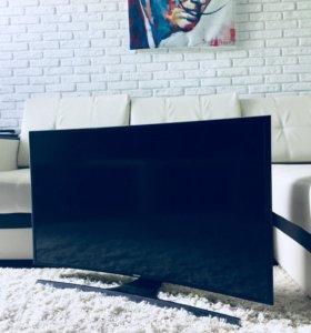 4K UHD Samsung 40 SmartTV Wi-Fi