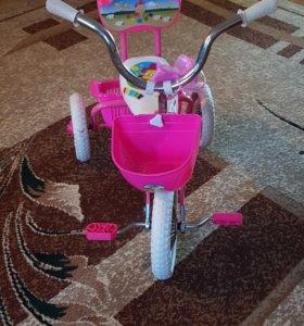 Велосипед детский, трех колёсный