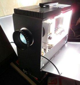 Фильмоскоп (диапроектор) лэти 60М в полном комплек