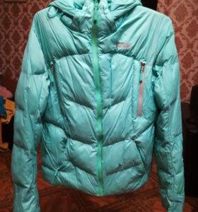 Очень теплая куртка на зиму.надевала1-2раза