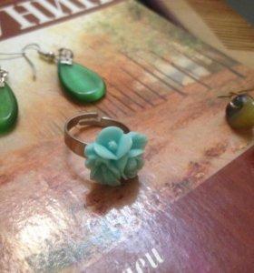Набор бижутерии: серьги, кольцо