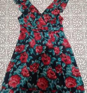 Лёгкое платье, размер s