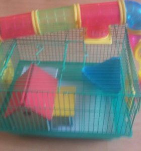 Клетка с трубками для мелких грызунов.