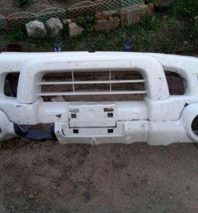 Продам передний бампер