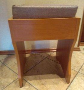 Табурет стул деревянный