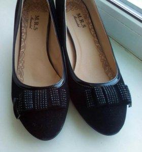 Туфли замшевые 40 р-р
