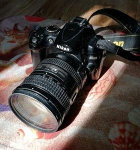 Nikon D5000 и объектив Nikkor 18-200 VR II