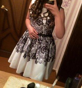 Продам выпускное платье.Размер 46-48.