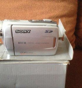 Видеокамера Soni новая 8,0Mega pixels