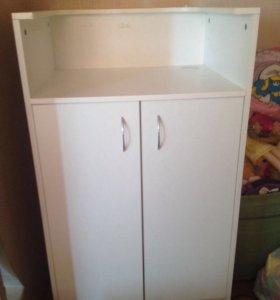 Стол-шкаф для кассы