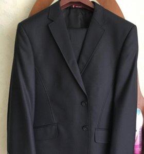 Продам мужской классический костюм!!!