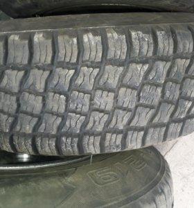 Комплект шины и диски. 225/75/16 5 дырые