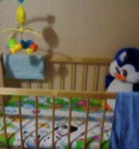 Детская кроватка в отличном состояние