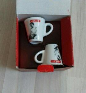 Чашки для эспрессо с блюдцами