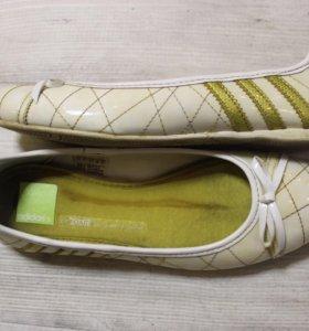 Балетки Adidas 37