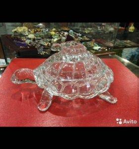 Стеклянная икорница черепаха